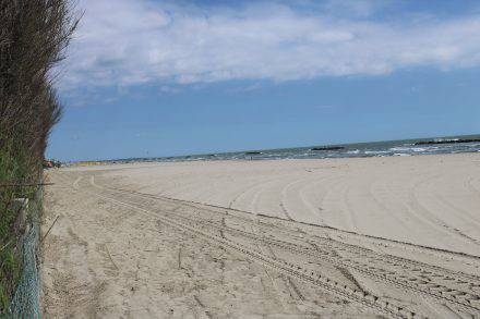 Wunderschöner Sandstrand direkt am Campingplatz in Porto Garibaldi
