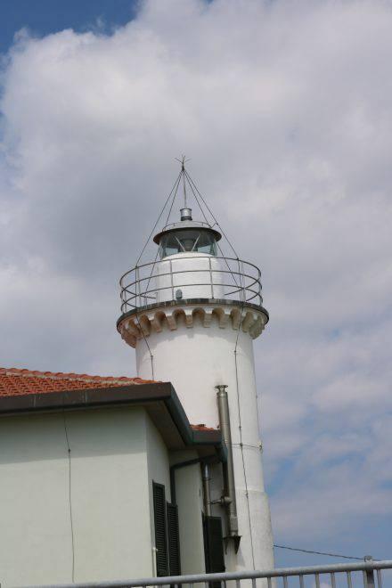 Der Leuchtturm in Porto Garibaldi - il faro