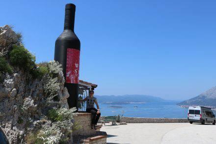 In der Gegend zwischen Dubrovnik und Orebic wird viel Wein angebaut.