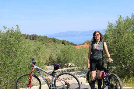 Vom Camp Mindel aus kann man viele verschiedene Biketouren starten - immer hügelig, immer wunderschön.