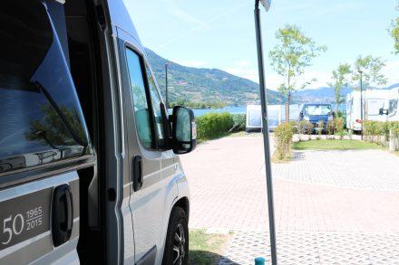 Die schönsten Wohnmobilstellplätze sind direkt am Strand des Lago die Caldonazzo.
