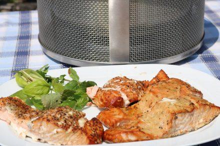 Ob zuhause oder Unterwegs - Räucherfisch schmeckt aromatisch und lässt sich gut aufbewahren.
