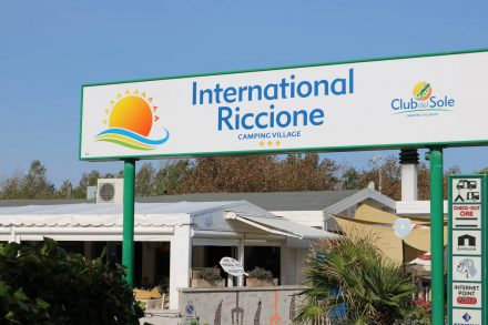 International Camping Village in Riccione, fast direkt am Meer.