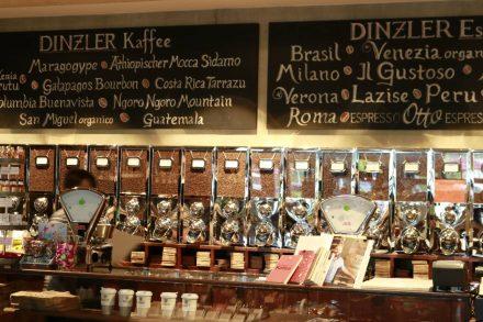 Selbst geröstete Kaffee- und Espresso-Spezialitäten werden auf Wunsch auch frisch gemahlen.