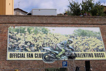 Posterwall in Tavullio.