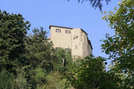 Die Festung thront über Bertinoro.