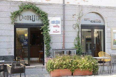 Hübsches Cafehaus am Hauptplatz von Bertinoro.