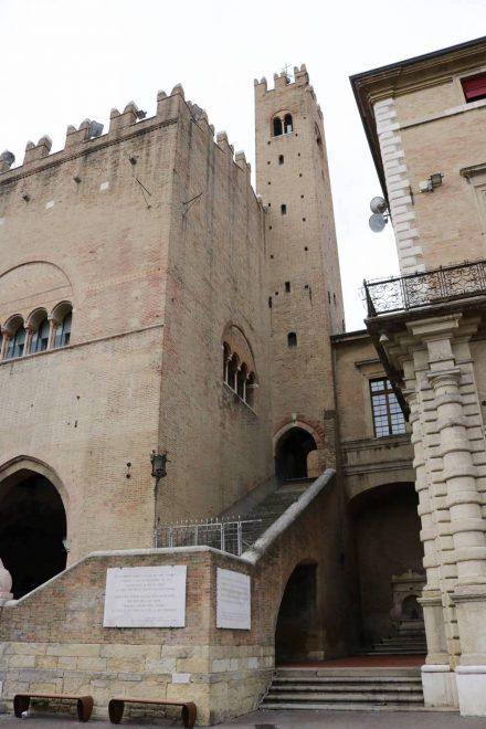 Der Palazzo dell'Arengo in Rimini.