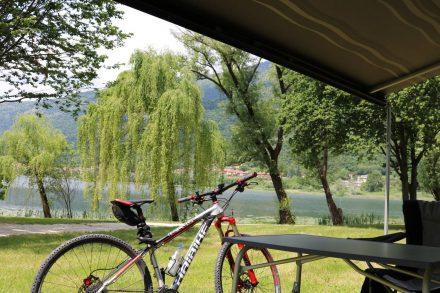 Meine Ducato Terrasse mit Blick auf den Lago di Lago.