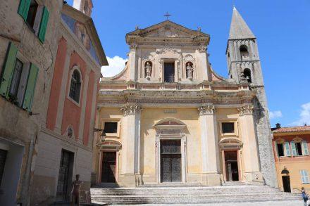 Die hübsche Kirche in Sospel.