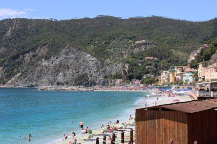 Blick zurück auf den Strand von Monterosso.