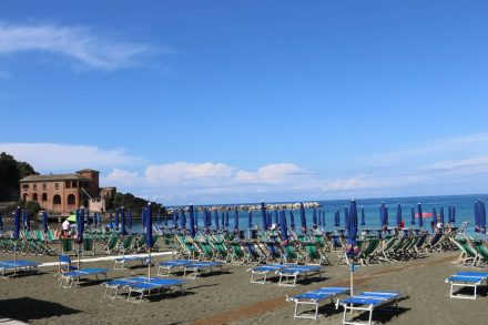 Das Strandbad von Levanto.