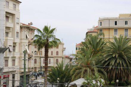 Ein Blick über Sanremo Richtung Meer.