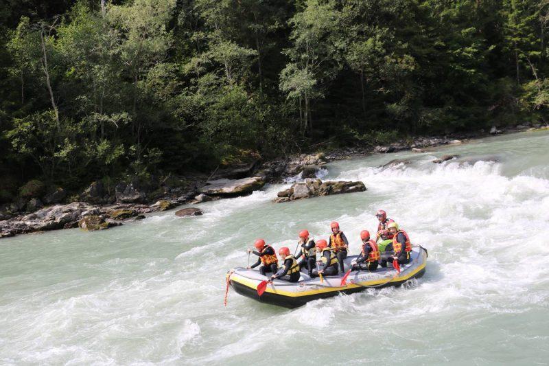 Auch im Floß macht eine Iselfahrt jede Menge Spass.