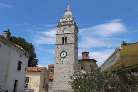Die Kirche von Omisalj.