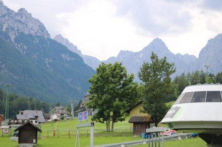 Die wunderschöne Berglandschaft hinter Kranjska Gora.