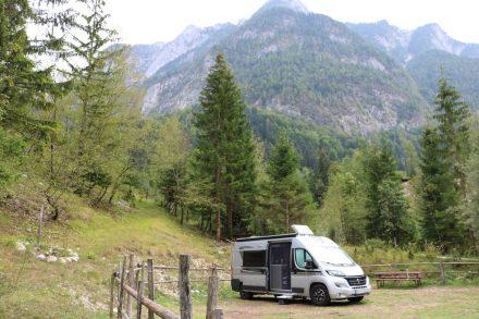 Der Adria Twin Ducato im Kamp Triglav in Trenta.
