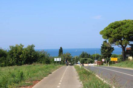 Der Radweg von Novigrad in Richtung Norden.