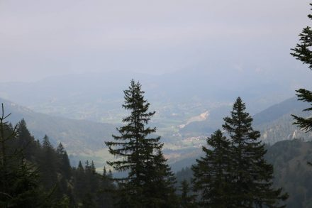 Blick ins Tal unter dem Brecherspitz.