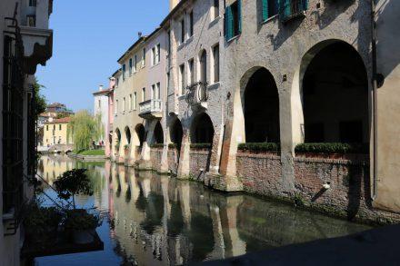 """Treviso macht seinem Spitznamen """"Klein Venedig"""" alle Ehre."""