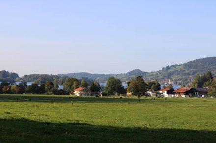 Am Südufer des Schliersee liegt Neuhaus.