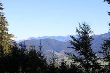 Der Abstieg zurück nach Schliersee über Hausham.