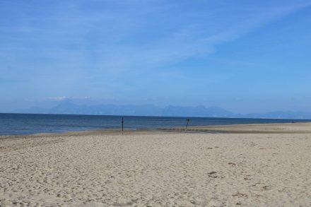 Endlos weite Strandspaziergänge - menschenleer.