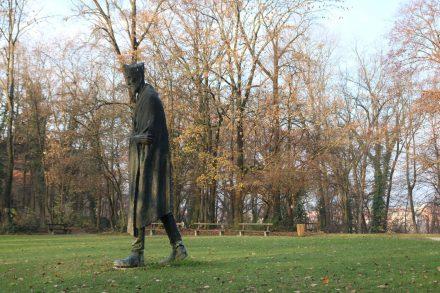 Im Park Tuskanac treffe ich auf die Statue des berühmten Schriftstellers.