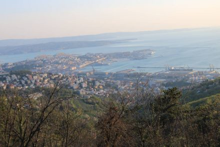 Vom Camping Obelisco in Opicina hat man einen traumhaften Ausblick über Triest.