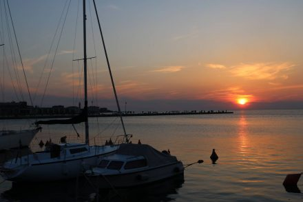 Zum Sundowner an die Marina in Triest.