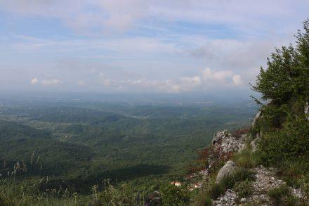 Nur wenige Kilometer von der ersten Etappe der Bergstraße entfernt verläuft die Grenze nach Albanien.