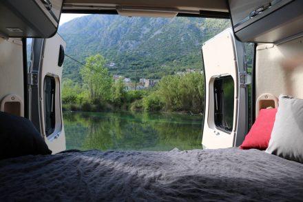 Im Autocamp Naluka in Morinj ist rund 9,5 Kilometer von Perast entfernt.