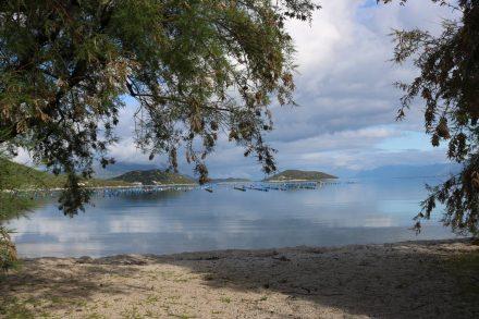 Die friedliche Bucht bei Na Vrelu.