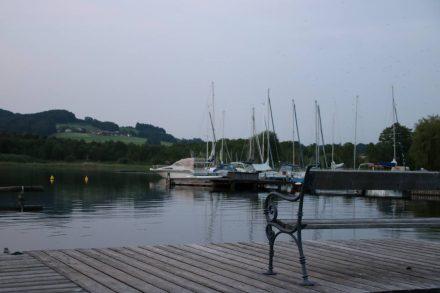 Abendstimmung am Bootssteg vom Camping Oitner.