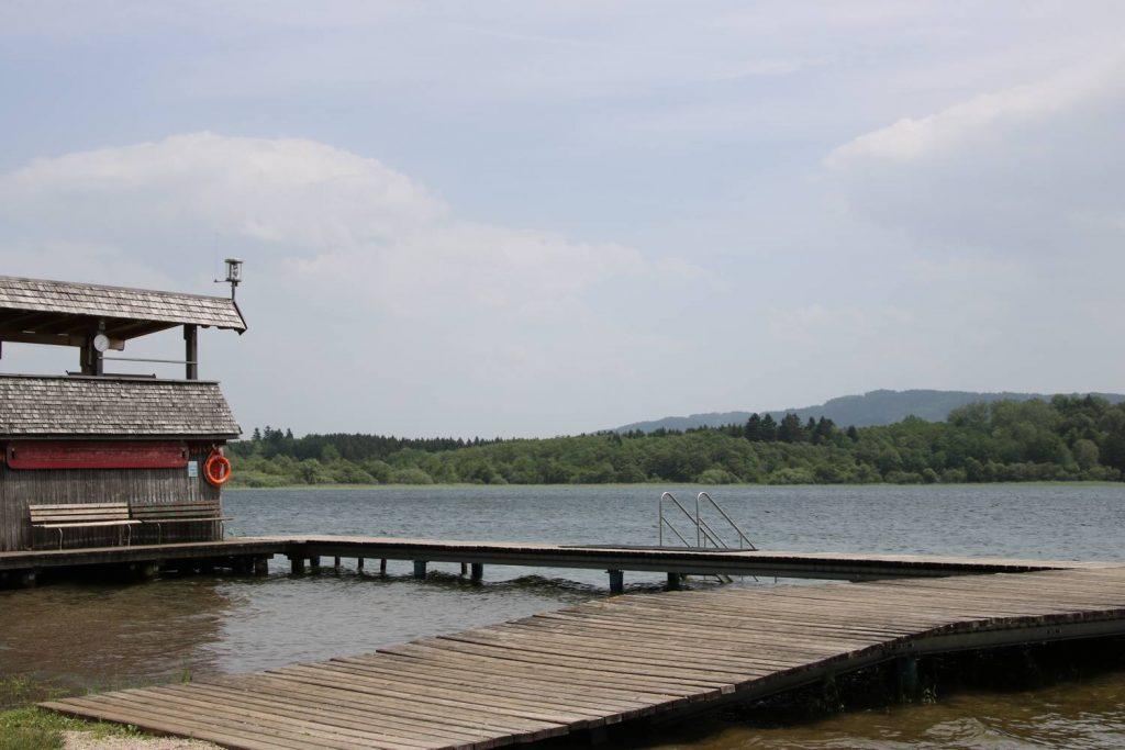 Badesteg am Grabensee.
