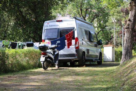 Unser gemütliches Plätzchen im Camping Arrien.