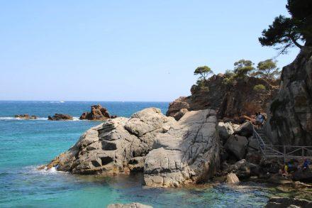 Der Cami de Ronda führt meist direkt am Meer entlang und bietet immer wieder traumhafte Motive.