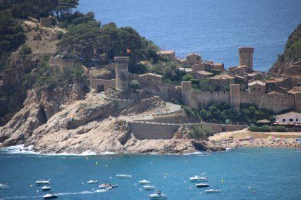 Buchten Sightseeing auf der kurvigen Küstenstraße bis nach Tossa de Mar