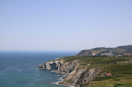 Das einzige Haus direkt an der Steilküste.