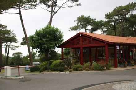 Die Rezeption am Camping Le Pavillon Royal in Bidart.