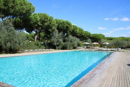Herrlich zum Schwimmen - der große Pool im Camping Orbetello.
