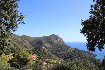 Der sehr naturbelassene Monte Argentario in der Toskana.
