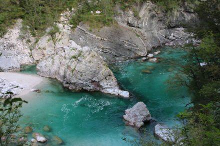 Zu Recht wird die Soca auch der Smaragdfluss genannt.