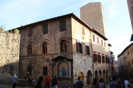 Die Innenstadt von San Gimignano ist wunderschön und sehr gut erhalten.