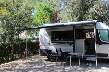 Schöner Stellplatz am Camping Boschetto di piemma.