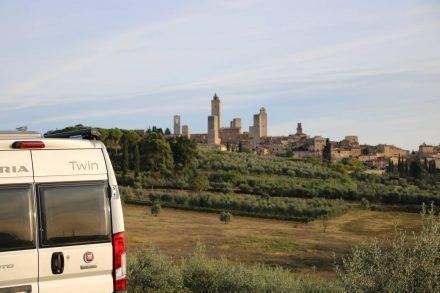 Die Stadt der Türme auf der Wohnmobil-Reise durch die Toskana