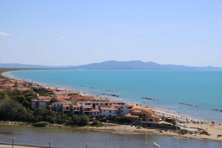 Eine riesige Badebucht mit Sandstrand macht Castiglione della pescaia zum begehrten Urlaubsziel.