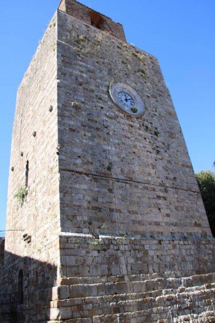 Der Torre del Candeliere, ein Nationalmonument mit herrlicher Aussicht in Massa Marittima.