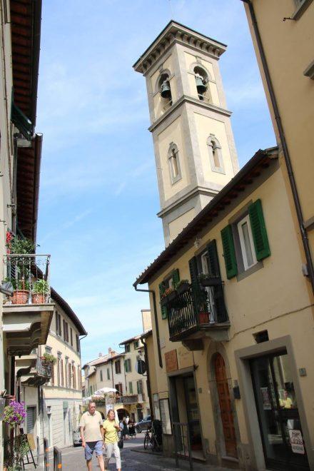 Kirche und Gassen von Greve in Chianti.