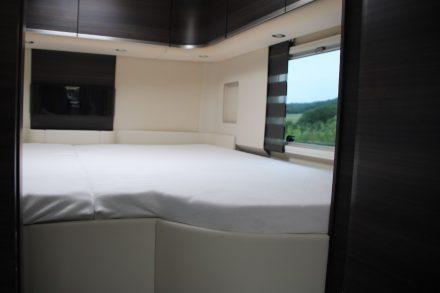 Das 2 x 2 Meter große gemütliche Heckbett.